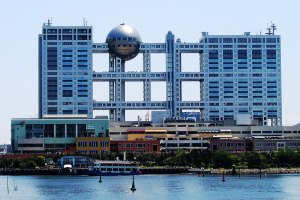 fuji-tv-building-odaiba